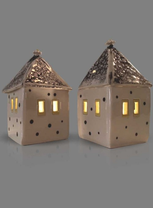 Lys-hus i keramik