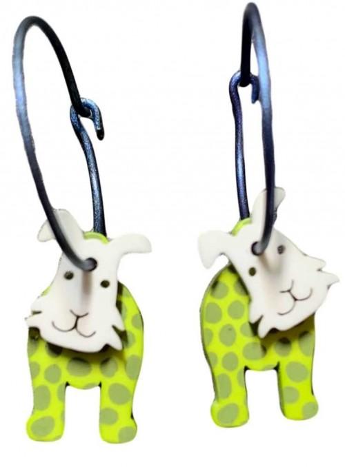 Øreringe ruhåret hund med limegrønne prikker