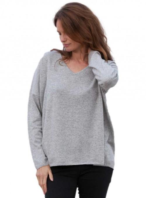 Strik sweater Stella V Iceland fra Gorridsen Design med V-hals