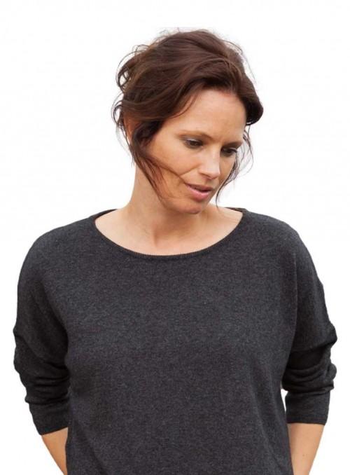 Strik sweater Stella Gotland fra Gorridsen Design med O-neck