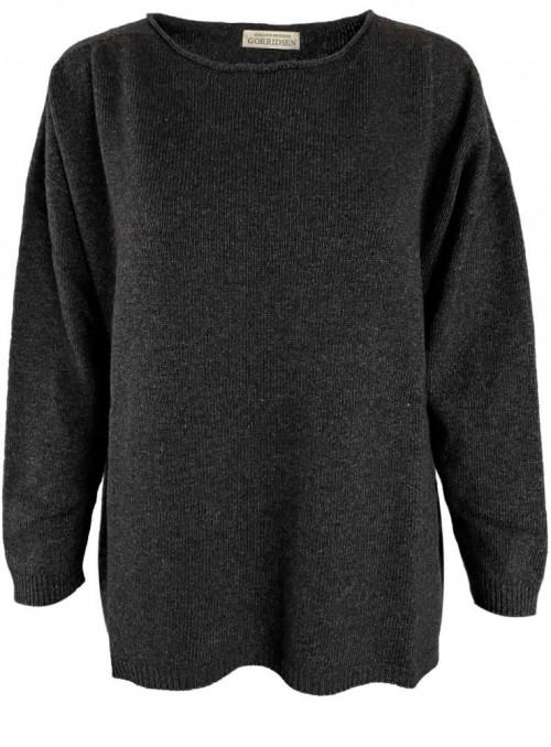 Strik sweater fra Gorridsen Design model Leda Gotland