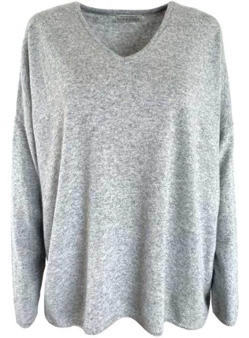 Strik sweater fra Gorridsen Design model Stella V-neck Iceland